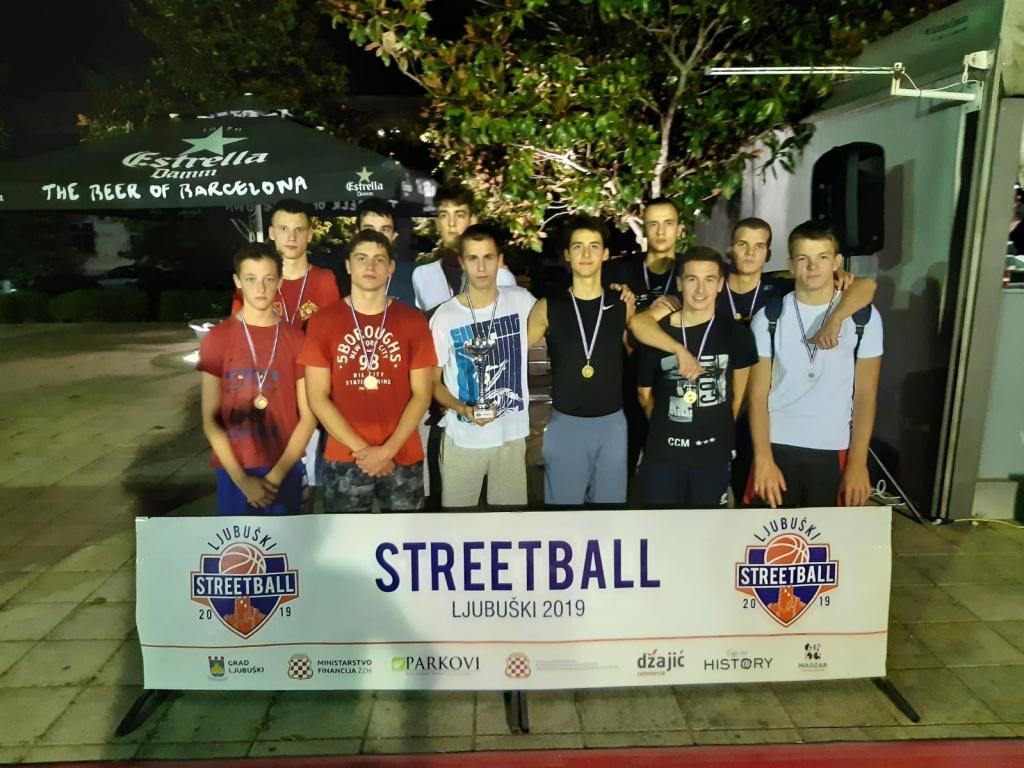 """Poznat pobjednik turnira za mlade """"Streetball Ljubuški 2019"""" [foto]"""